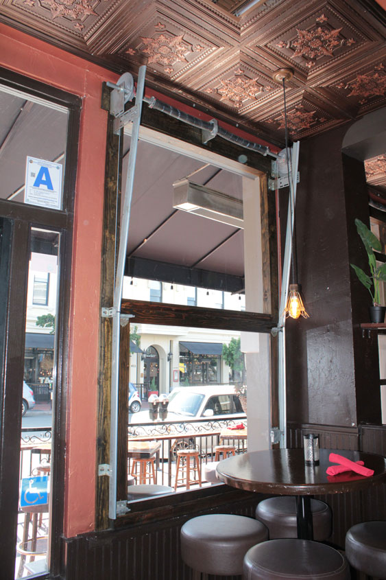 Bar Amp Restaurant Doors Garage Doors Unlimited Gdu