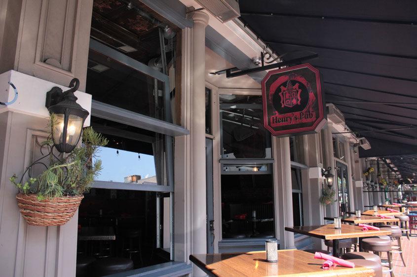 Bar \u0026 Restaurant Doors & Bar \u0026 Restaurant Doors | Garage Doors Unlimited | GDU Garage Doors Pezcame.Com