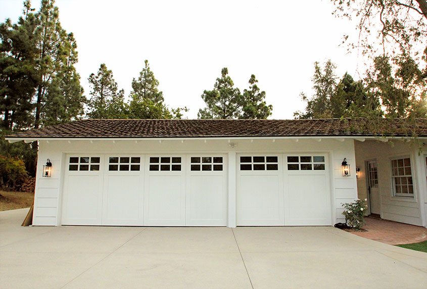 Painted Wood Garagedoors