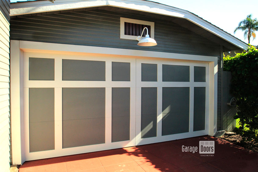 Custom Wood Garage Doors: Style And Structure